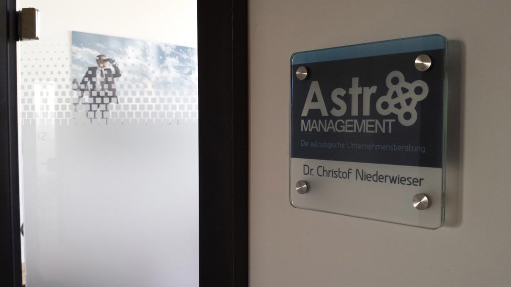 Neues AstroMANAGEMENT-Büro eröffnet 3